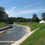 Schöne Körper am Chemnitz-Ufer